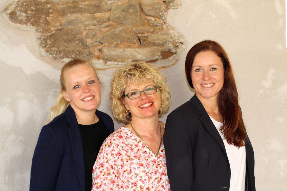 Das Team des Graefenbruecker Eventhofs: Franziska, Konstanze und Carolin Töpel