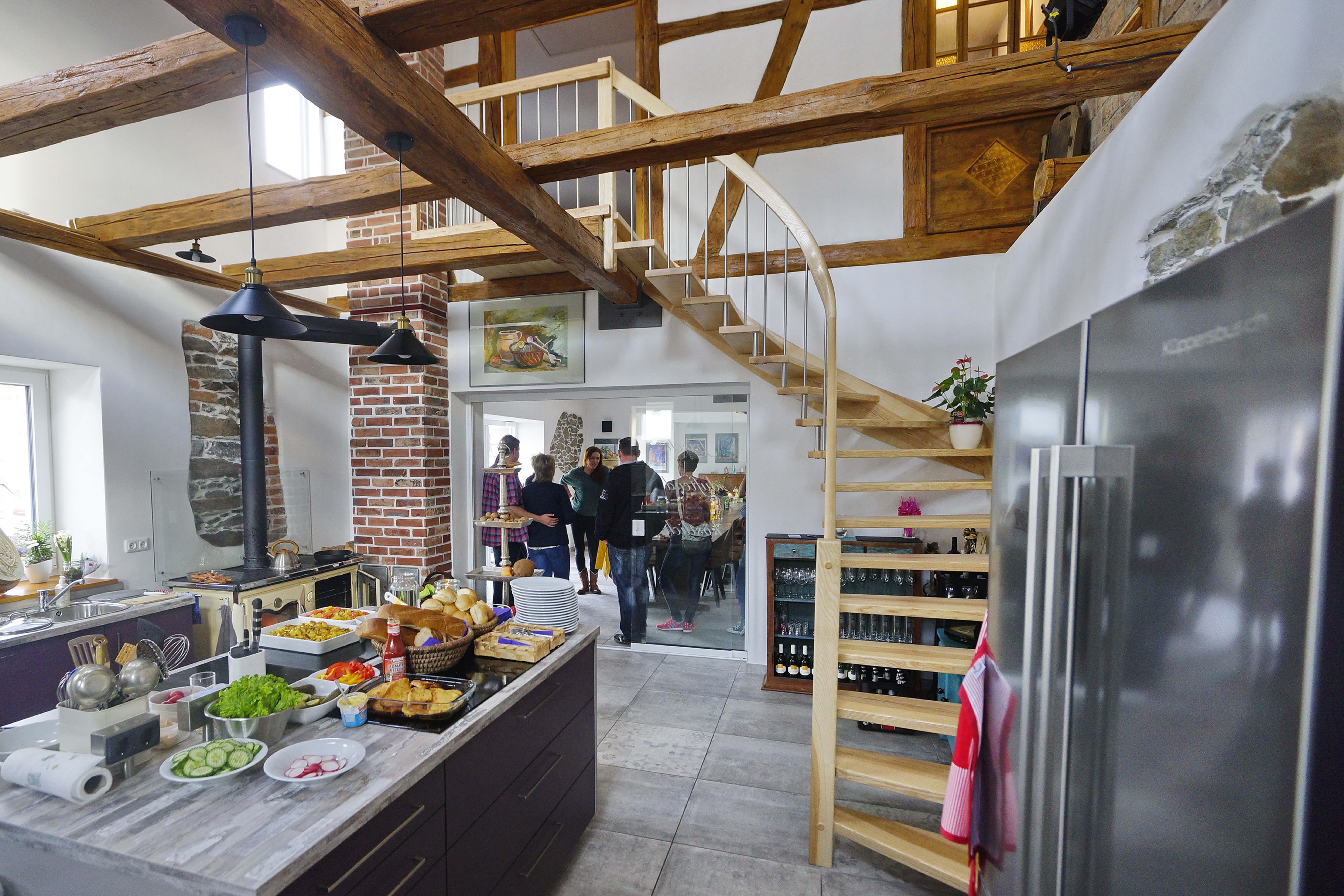 Gemeinsam kochen und genießen im Gräfenbrücker Eventhof