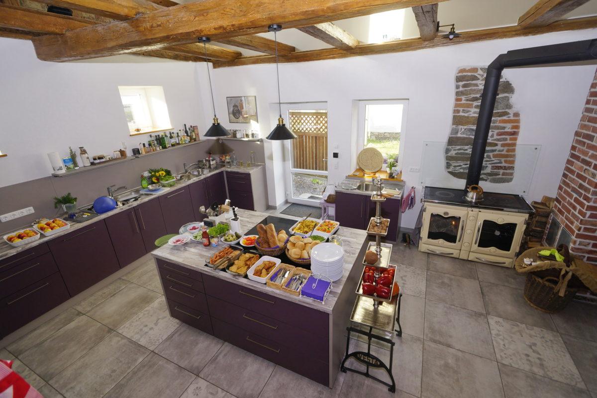 Die Mit-Mach-Küche im Gräfenbrücker Eventhof ist bestens ausgestattet.