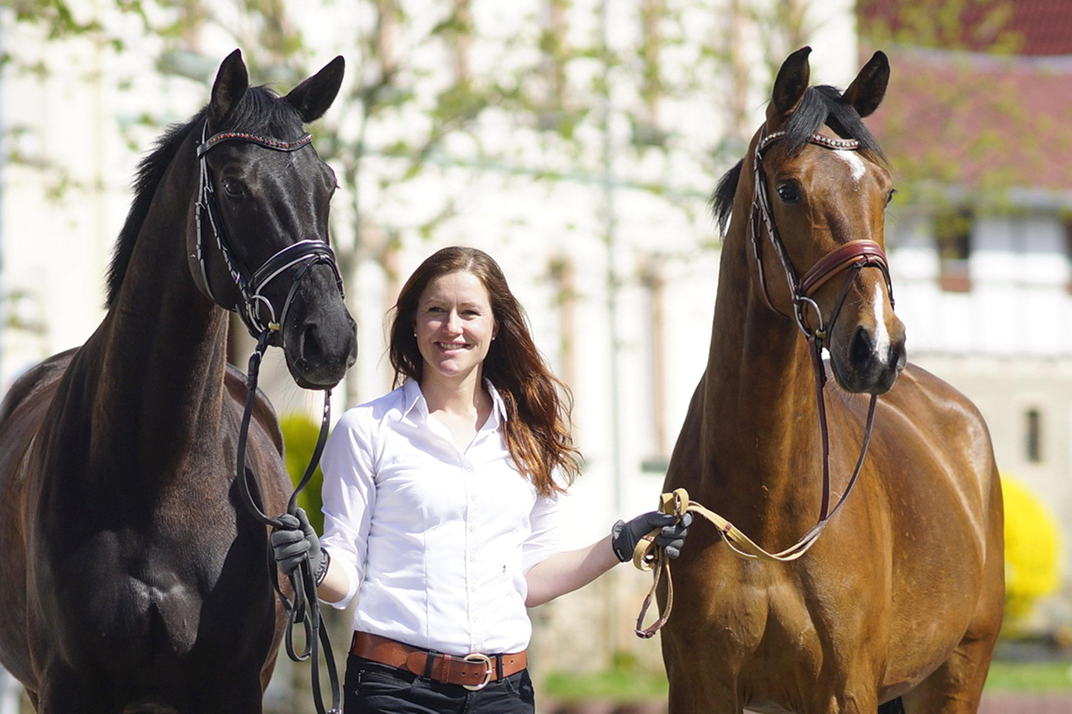 Carolin Töpel Pferdewirtschaftsmeisterin der Reitanlage des Gutshofs Taute